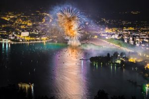 feux d'artifice à Annecy